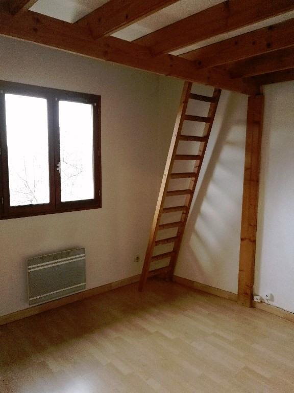Rental apartment Crosne 840€ CC - Picture 5