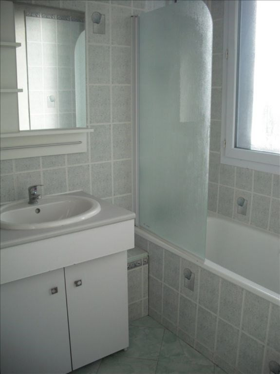 Rental apartment Bonsecours 600€ CC - Picture 3