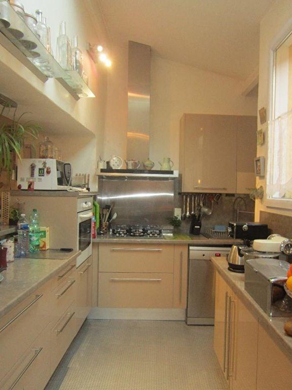 Sale house / villa Lambesc 279000€ - Picture 4