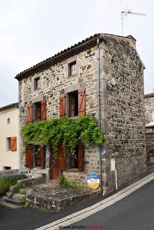 Sale house / villa Saint saturnin 89300€ - Picture 1
