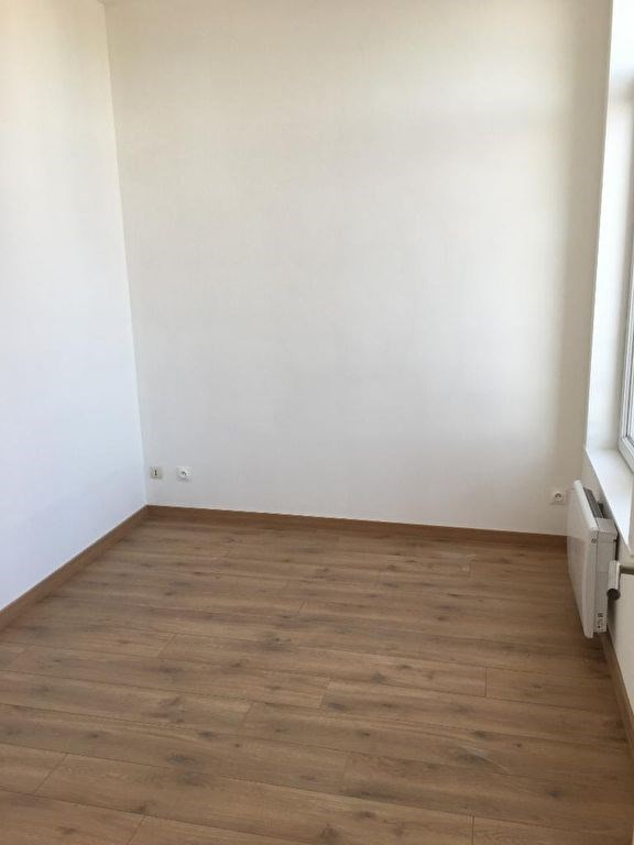 Rental apartment Saint omer 455€ CC - Picture 5