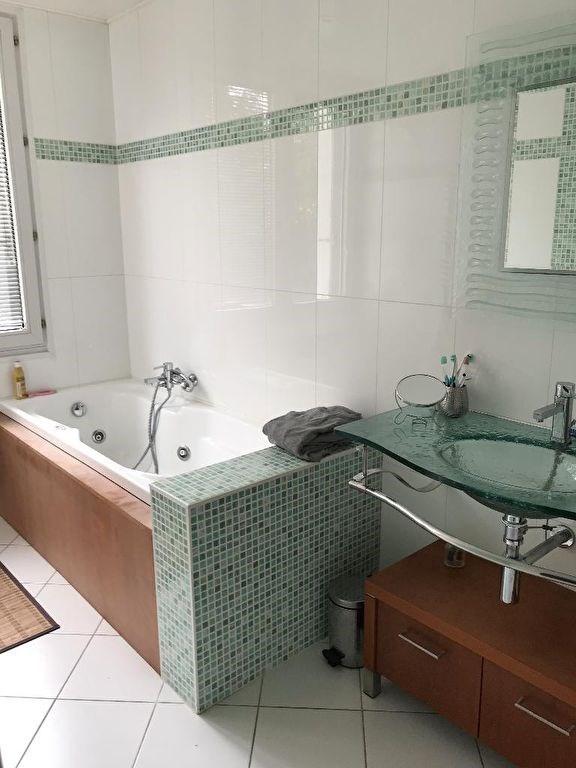 Deluxe sale house / villa Nantes 696800€ - Picture 8