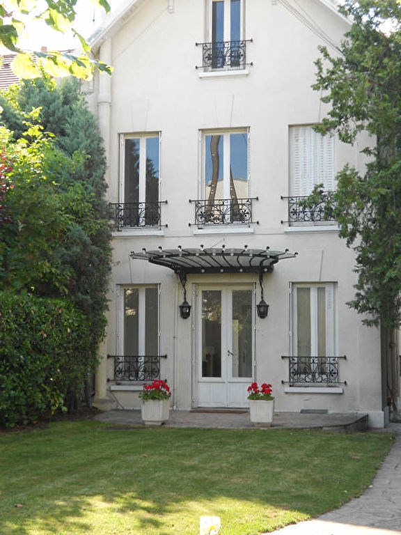 Location maison / villa Chatou 3500€ CC - Photo 1