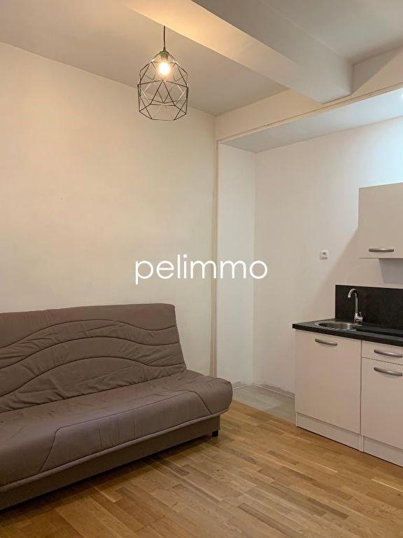 Location appartement Salon de provence 430€ CC - Photo 2