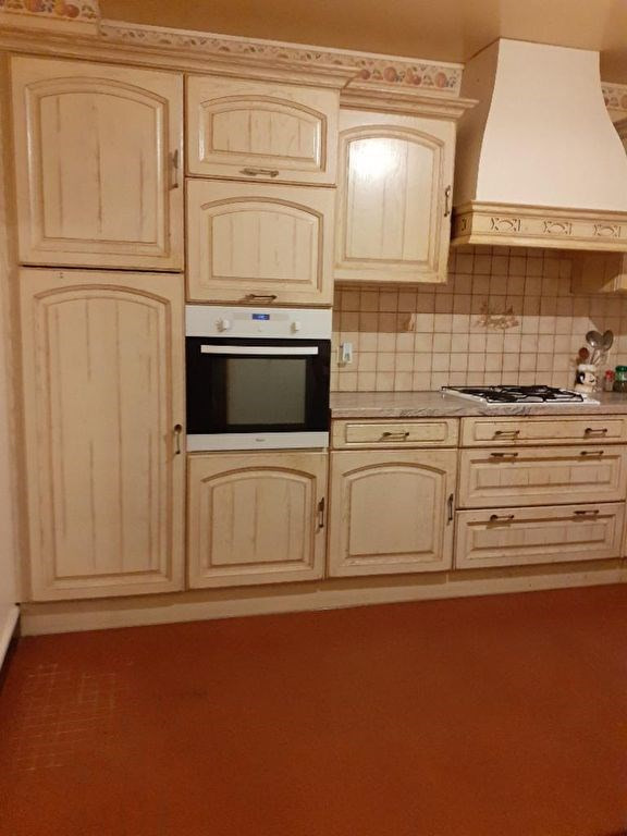Sale house / villa Chateau renault 181000€ - Picture 3