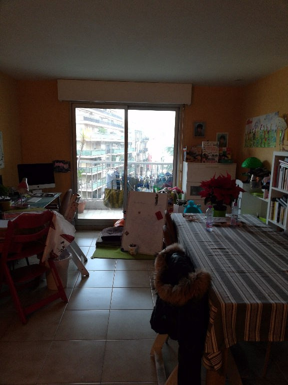 Vente appartement Nice 275 000€ - Photo 2
