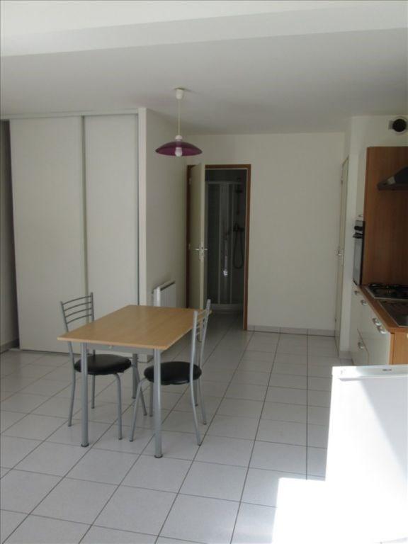 Location appartement Cholet 415€ CC - Photo 4
