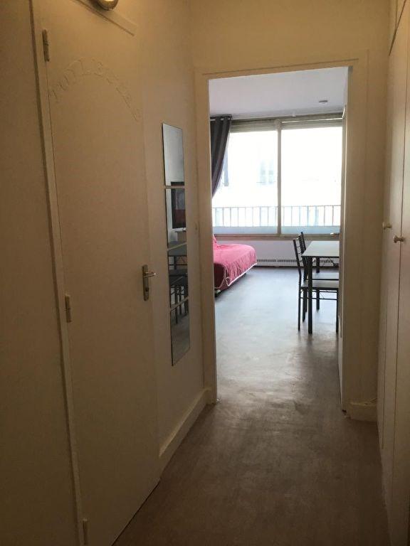 Location appartement Paris 17ème 1050€ CC - Photo 6