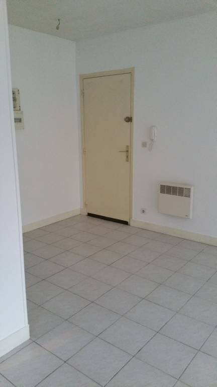 Location appartement Breuillet 531€ CC - Photo 4