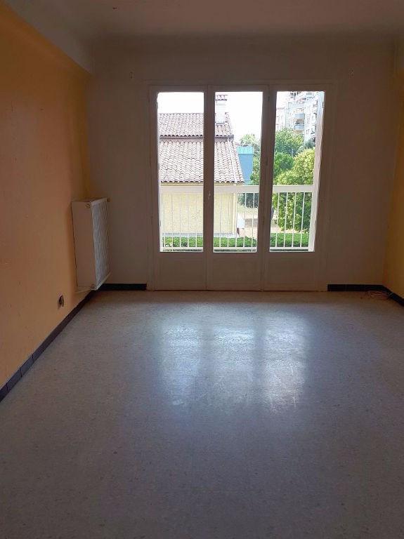 Sale apartment Saint laurent du var 185000€ - Picture 11