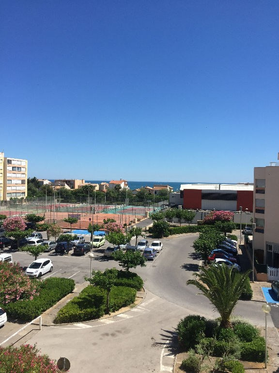 Vacation rental apartment Carnon plage 280€ - Picture 2