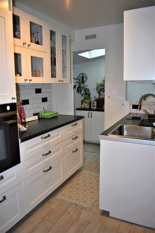 Sale house / villa Romainville 540000€ - Picture 4
