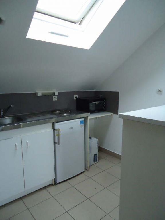 Rental apartment Beaupreau 250€ CC - Picture 2