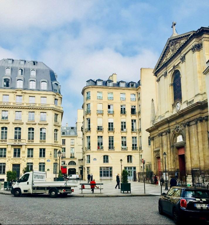 Sale apartment Paris 2ème 875000€ - Picture 1