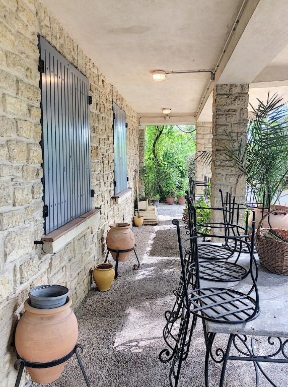 Investment property house / villa Saint andiol 340000€ - Picture 2