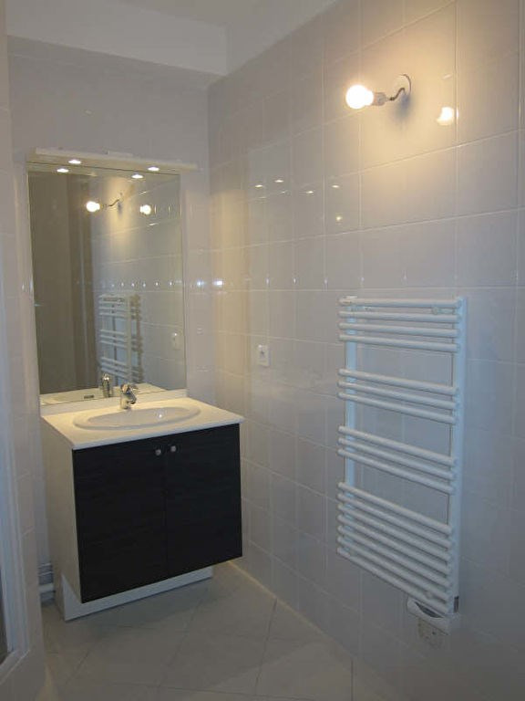 Rental apartment St germain en laye 939€ CC - Picture 6