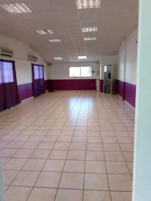 Location bureau Baie mahault 1 230€ HC - Photo 2