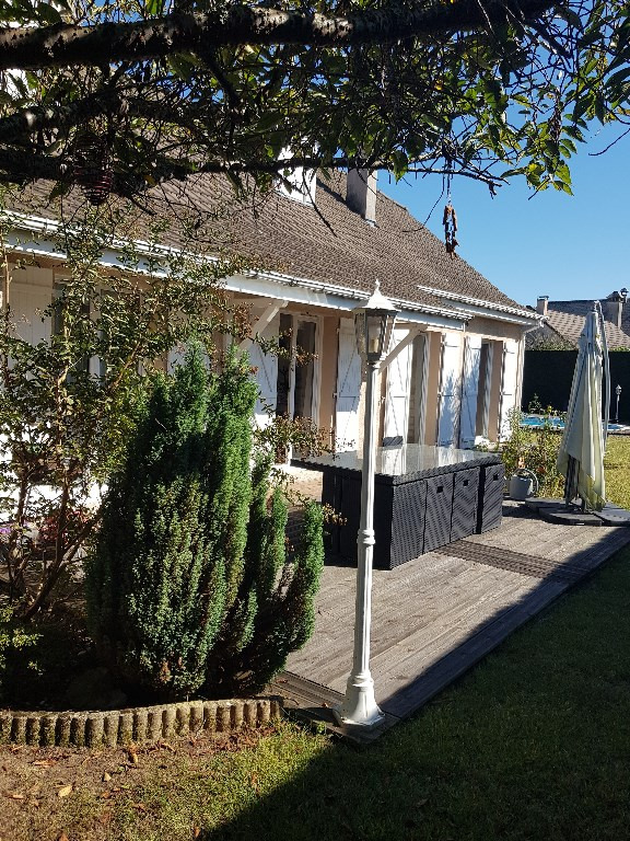 Sale house / villa Boeil bezing 281400€ - Picture 1