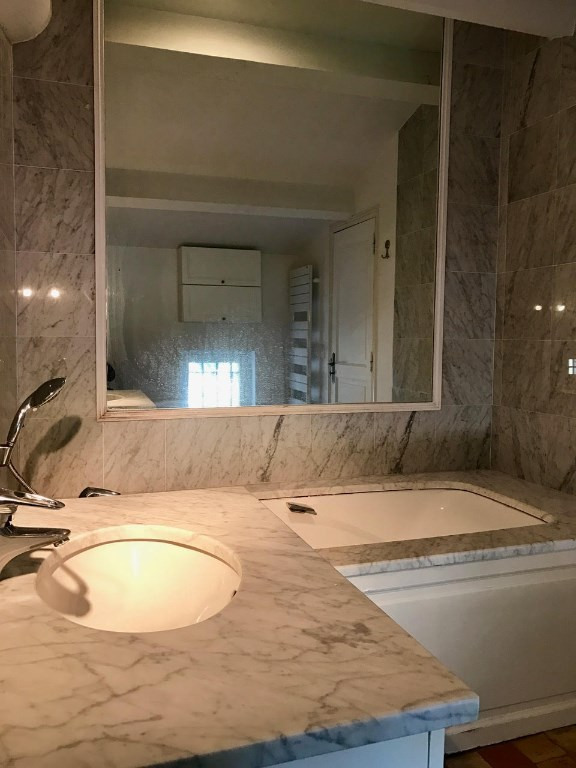 Location appartement Pertuis 1200€ CC - Photo 3