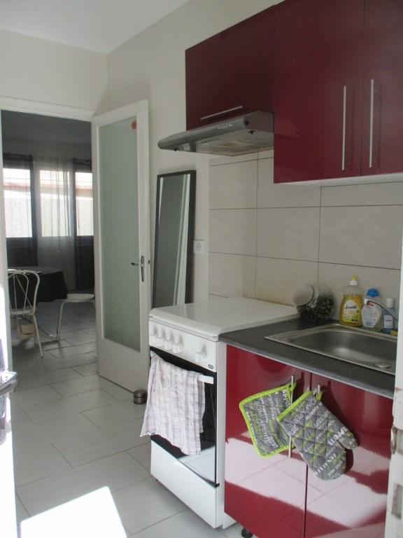 Location appartement Lucon 480€ CC - Photo 3