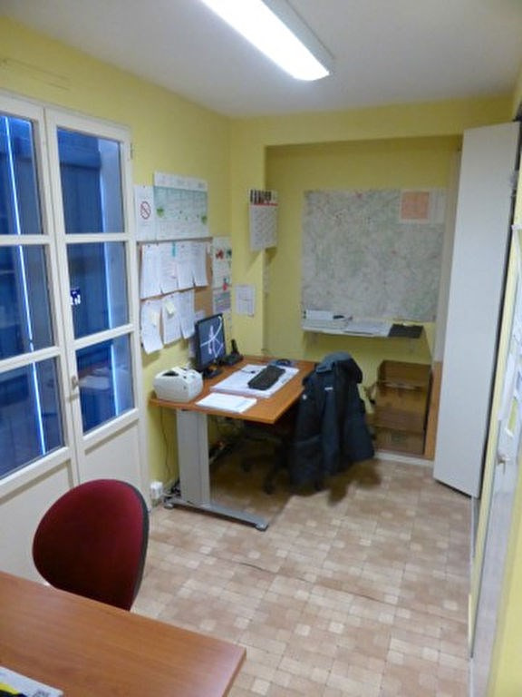 Rental building Appoigny 1200€ HC - Picture 8