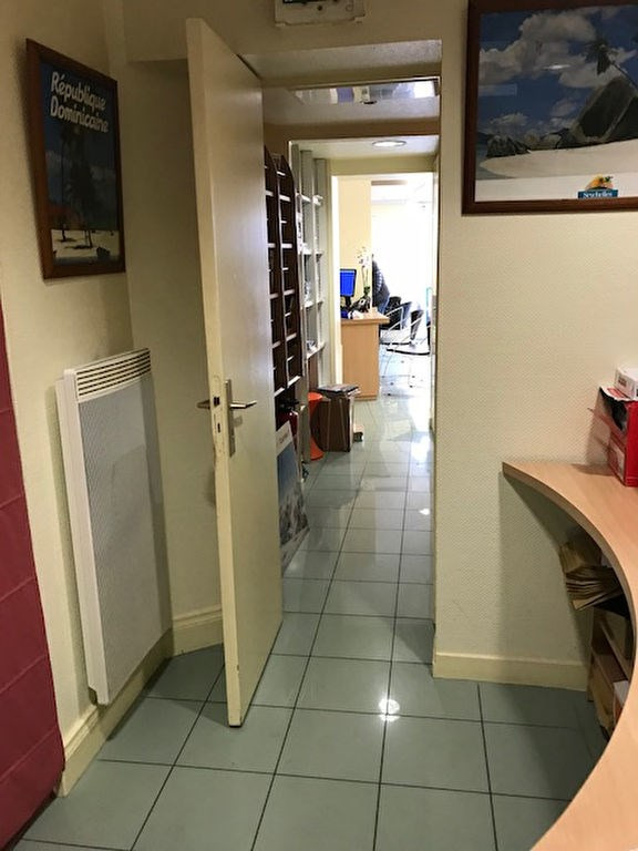 Location local commercial Pont l abbe 800€ HC - Photo 2