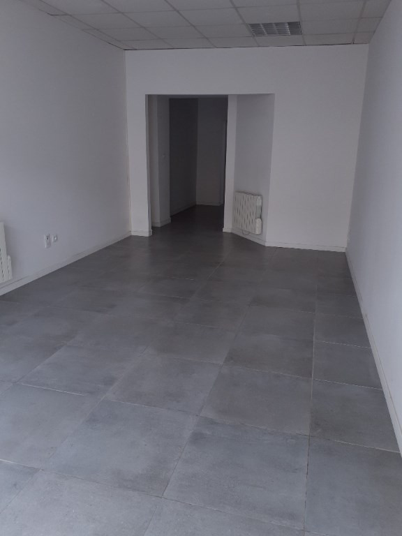 Location local commercial Saint quentin 530€ +CH - Photo 2