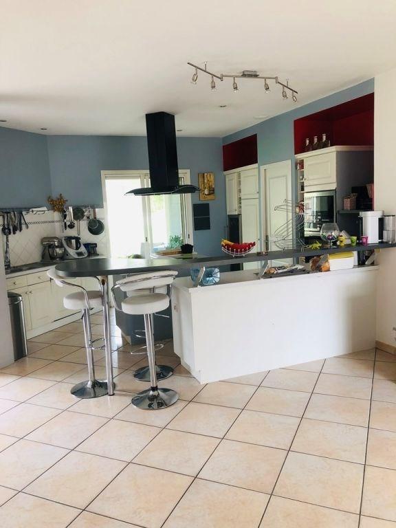 Sale house / villa Cherves richemont 299000€ - Picture 4