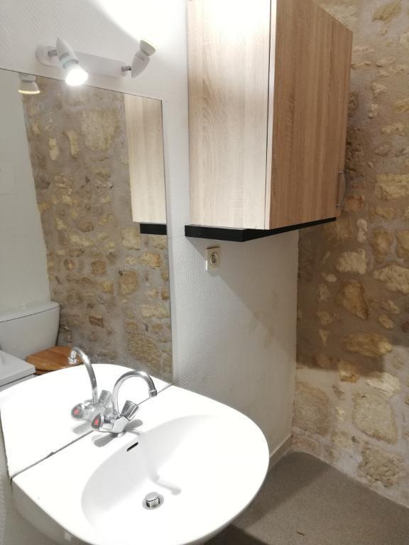 Location appartement Saintes 600€ CC - Photo 11