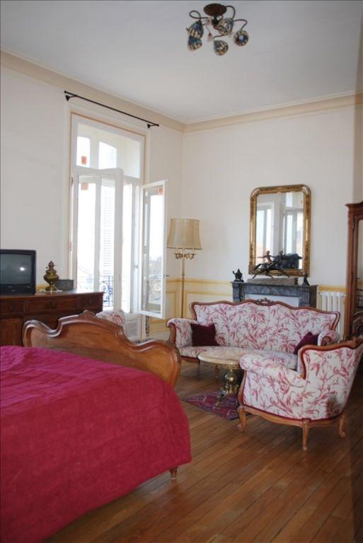 Sale house / villa Parthenay 425000€ - Picture 4