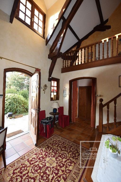 Deluxe sale house / villa Dommartin 650000€ - Picture 7