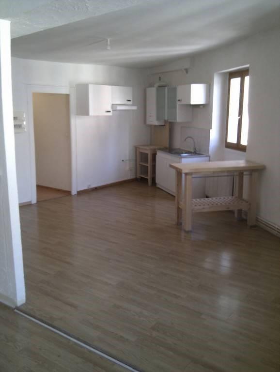 Location appartement Entre-deux-guiers 486€ CC - Photo 6