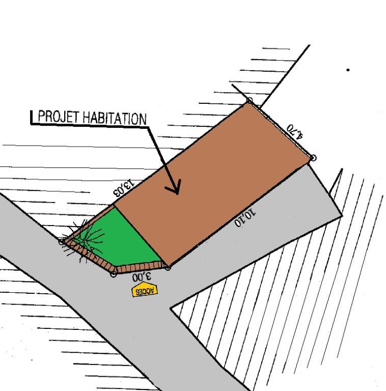 Remise dans le centre ville à rénover - parking - jardinet