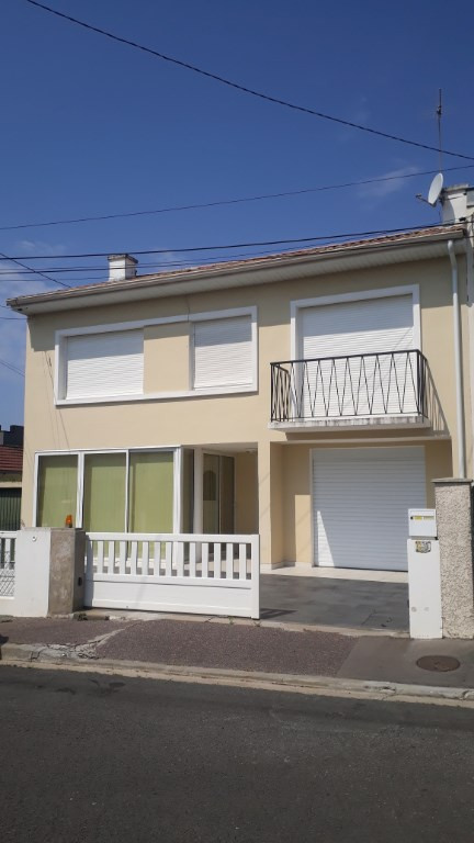 Location maison / villa Merignac 1200€ CC - Photo 2