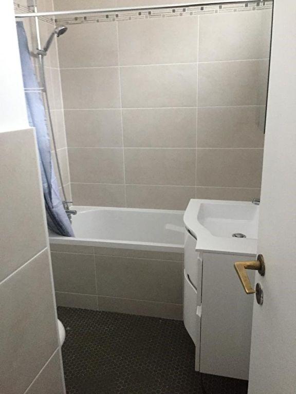 Location appartement Neuilly sur seine 930€ CC - Photo 5