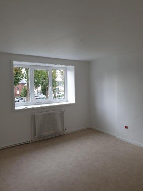 Rental house / villa Avesnes sur helpe 750€ CC - Picture 5