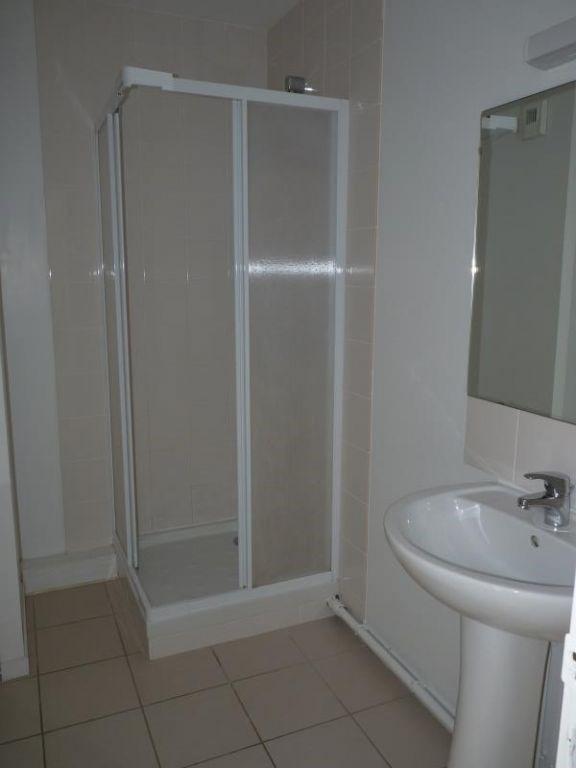Vente appartement La roche sur yon 74500€ - Photo 3