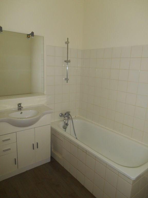 Location appartement Saint quentin 490€ CC - Photo 10