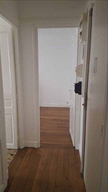 Location appartement Levallois perret 885€ CC - Photo 3