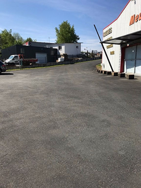 Location local commercial Plomelin 7000€ HC - Photo 5