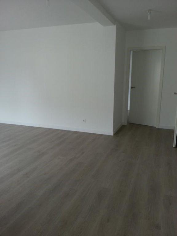 Rental apartment Laval 604€ CC - Picture 5