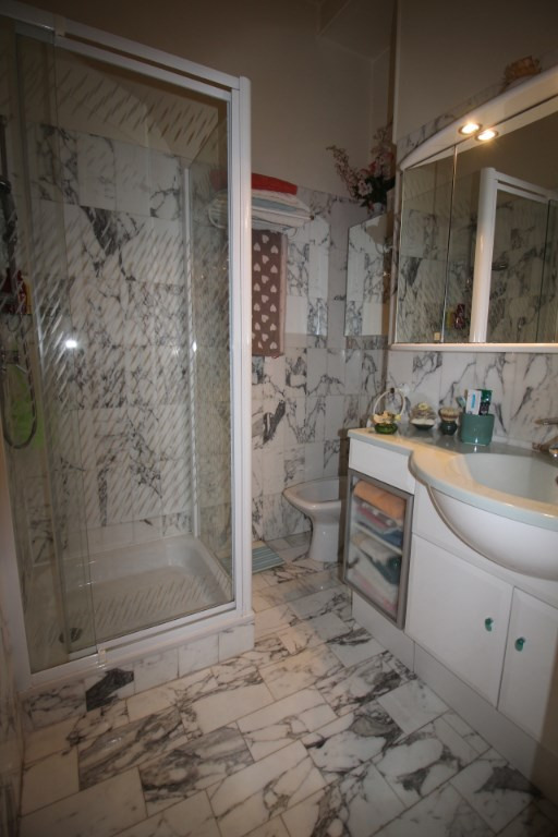 Deluxe sale apartment Nice 765 000€ - Picture 11