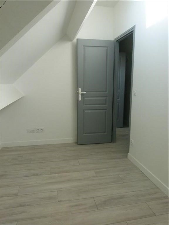 Sale house / villa Montfort l amaury 237000€ - Picture 7