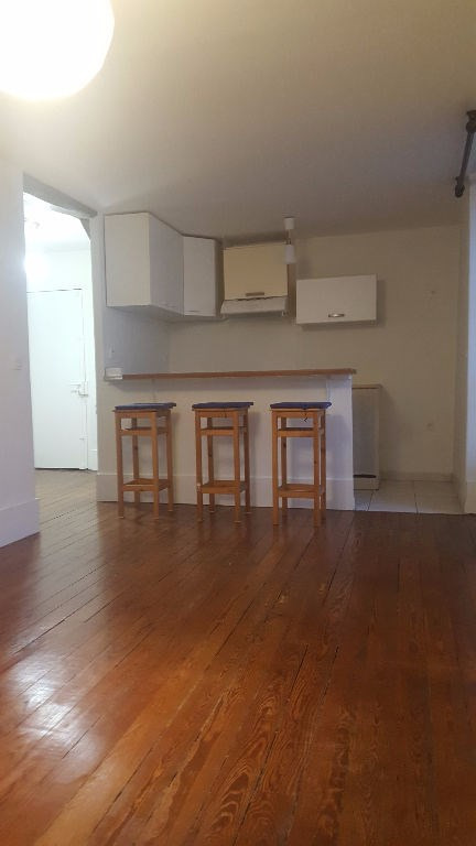 Location appartement Saint germain en laye 774€ CC - Photo 2