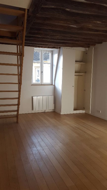 Location appartement Saint germain en laye 1 325€ CC - Photo 2
