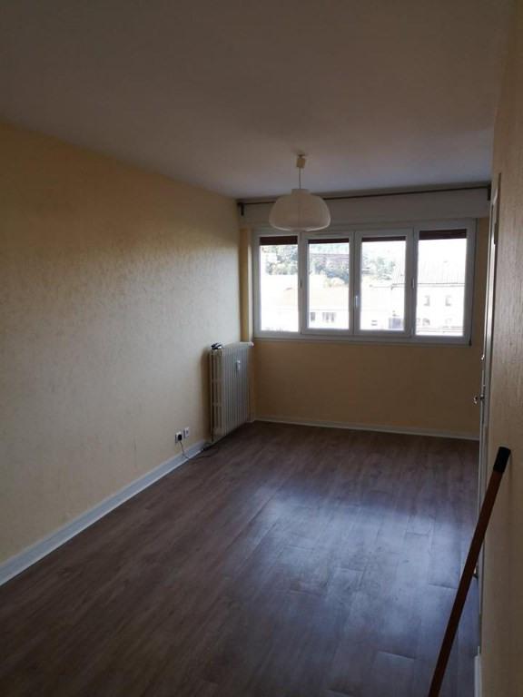 Rental apartment Royat 430€ CC - Picture 2