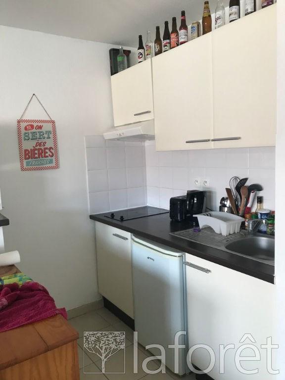 Investment property apartment La verpilliere 129000€ - Picture 2