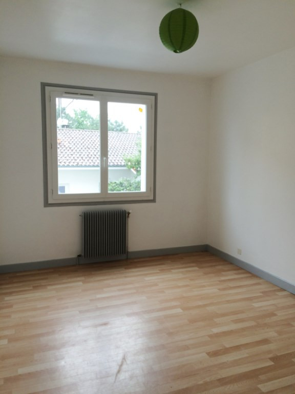 Vente appartement Aire sur l adour 65500€ - Photo 2