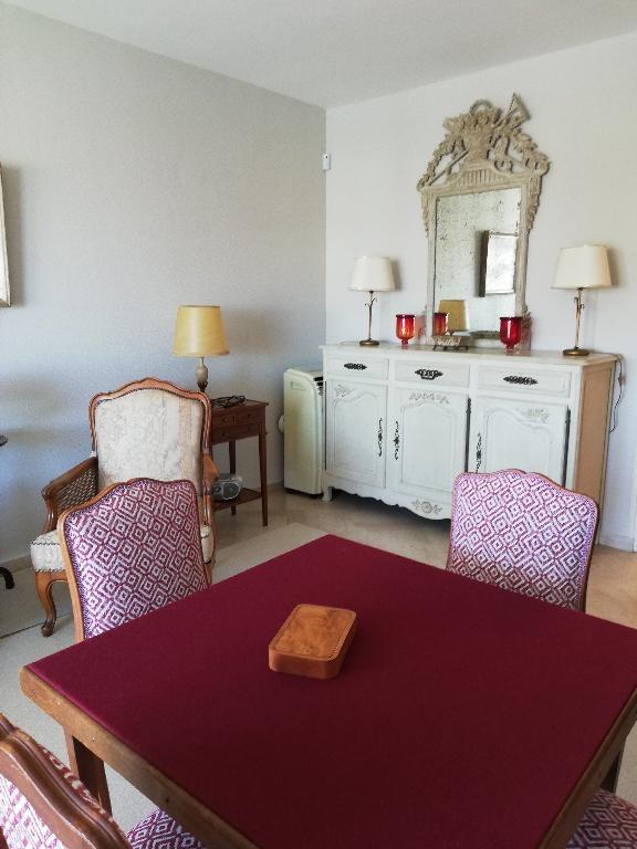 Location appartement Saintes 870€ CC - Photo 4