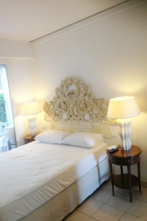 Vacation rental apartment Cannes  - Picture 4